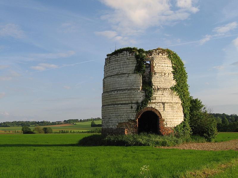 Heuzecourt--moulin